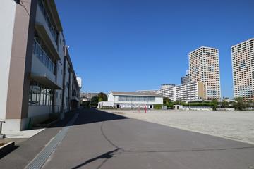 浦安市立 入船小学校の画像