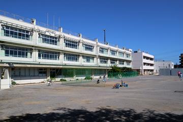 浦安市立 南小学校の画像