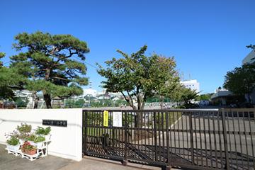 浦安市立 東小学校の画像