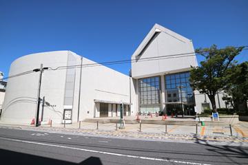 浦安市立図書館 猫実分館の画像