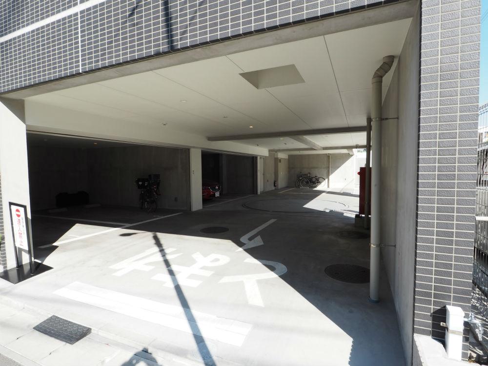 駐車場 (2)の画像